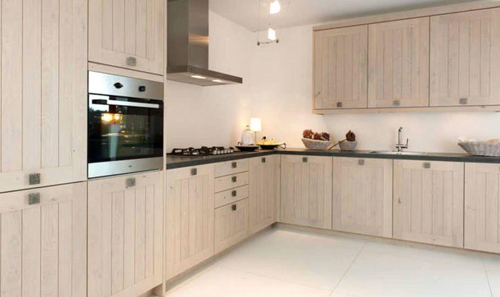 Rotpunkt keukens